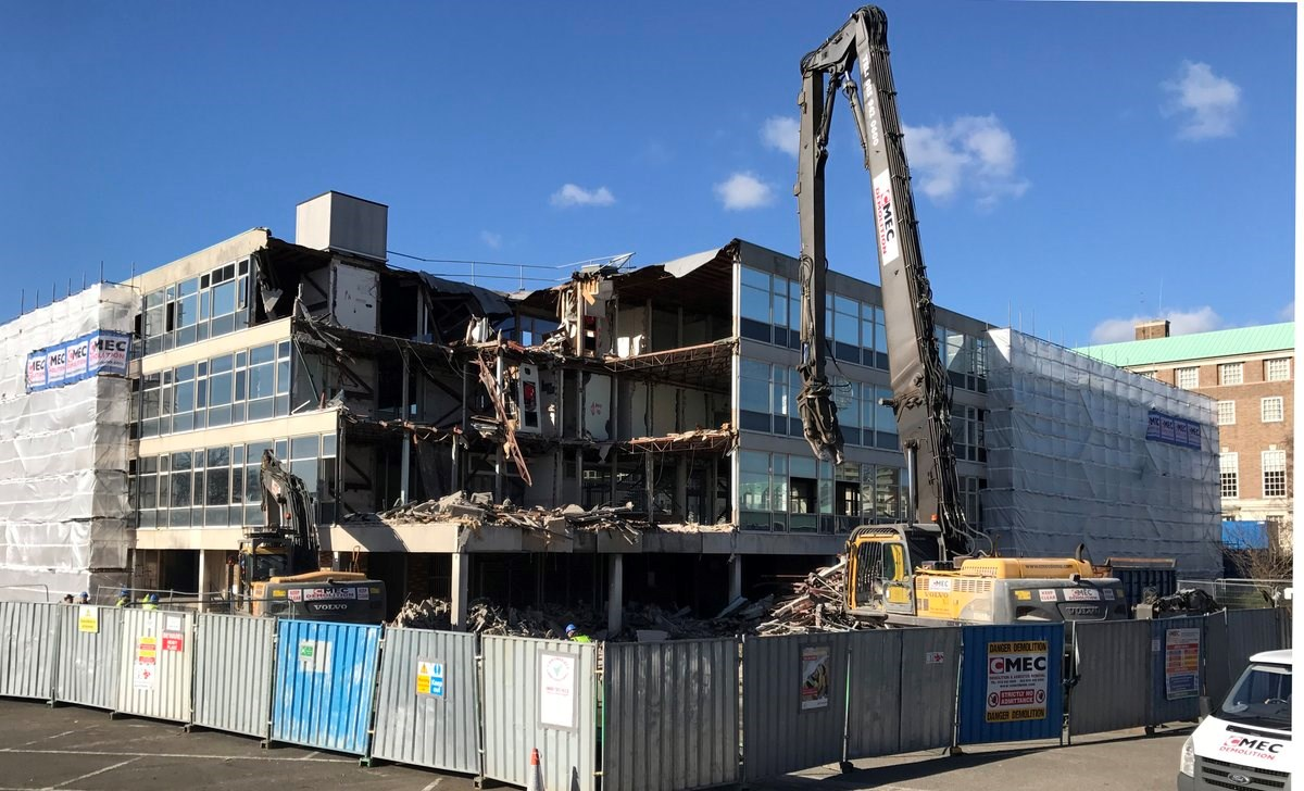 Council office block demolition enters main phase
